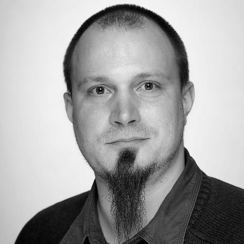 """<a href=""""https://www.linkedin.com/in/daroczig/"""">Daróczi Gergely</a>"""